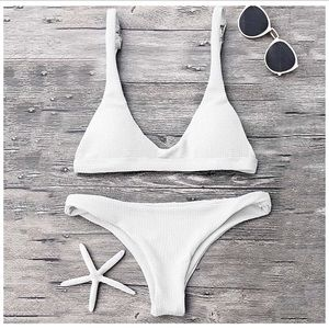 Zaful Textured White Scoop Neck Thong Bikini